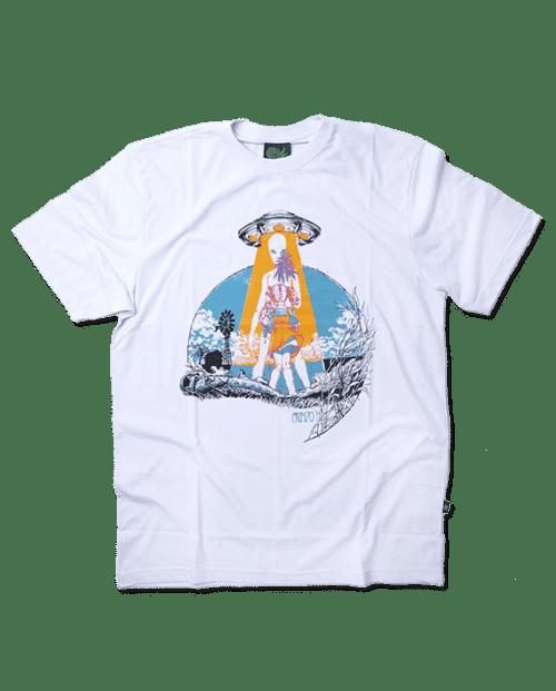 Camiseta First Contact